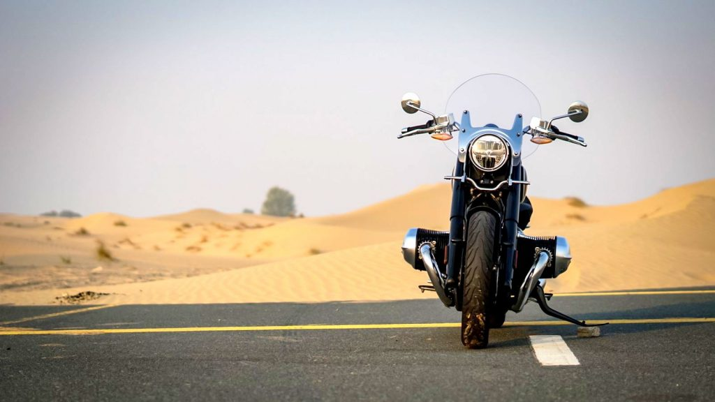 bmw r 18 first edition review front