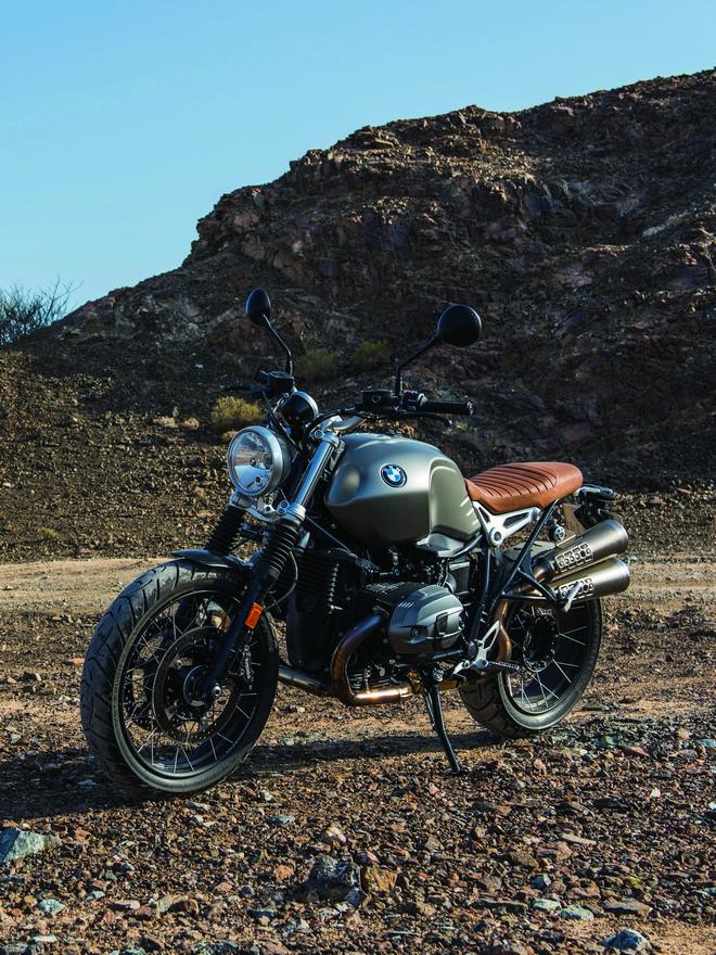 2017-BMW-RnineT-Scrambler