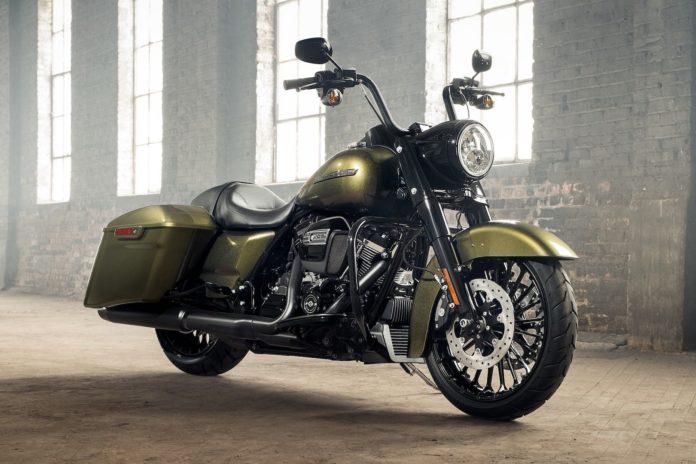 Harley-Davidson-Road-King-Special-2017
