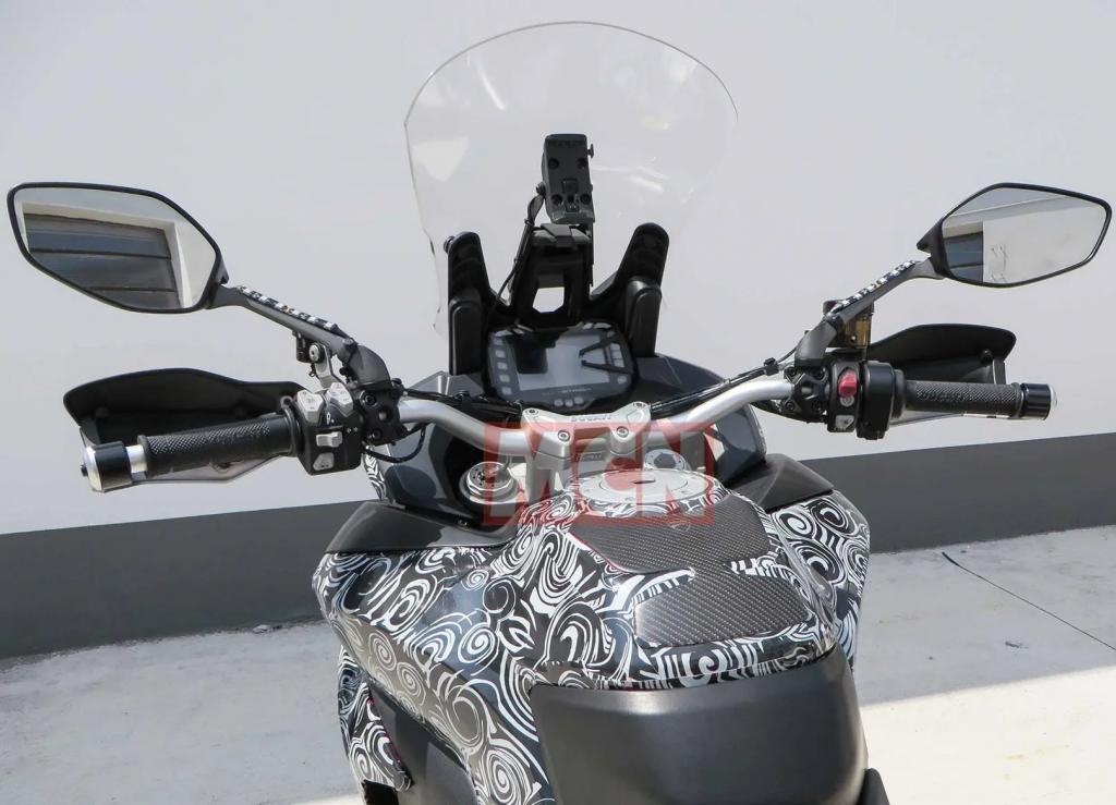 Ducati Multistrada 1260 GT-radar cruise control-uae-dubai (2)