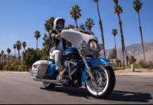 Harley-Davidson Electra Glide Revival front right