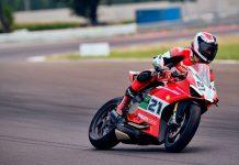ducati panigale v2 bayliss race track